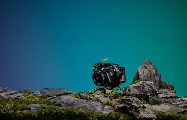 XT-IQ4-150MP-Camera-System-Extended-Blue_Paloma_Rincon.jpg